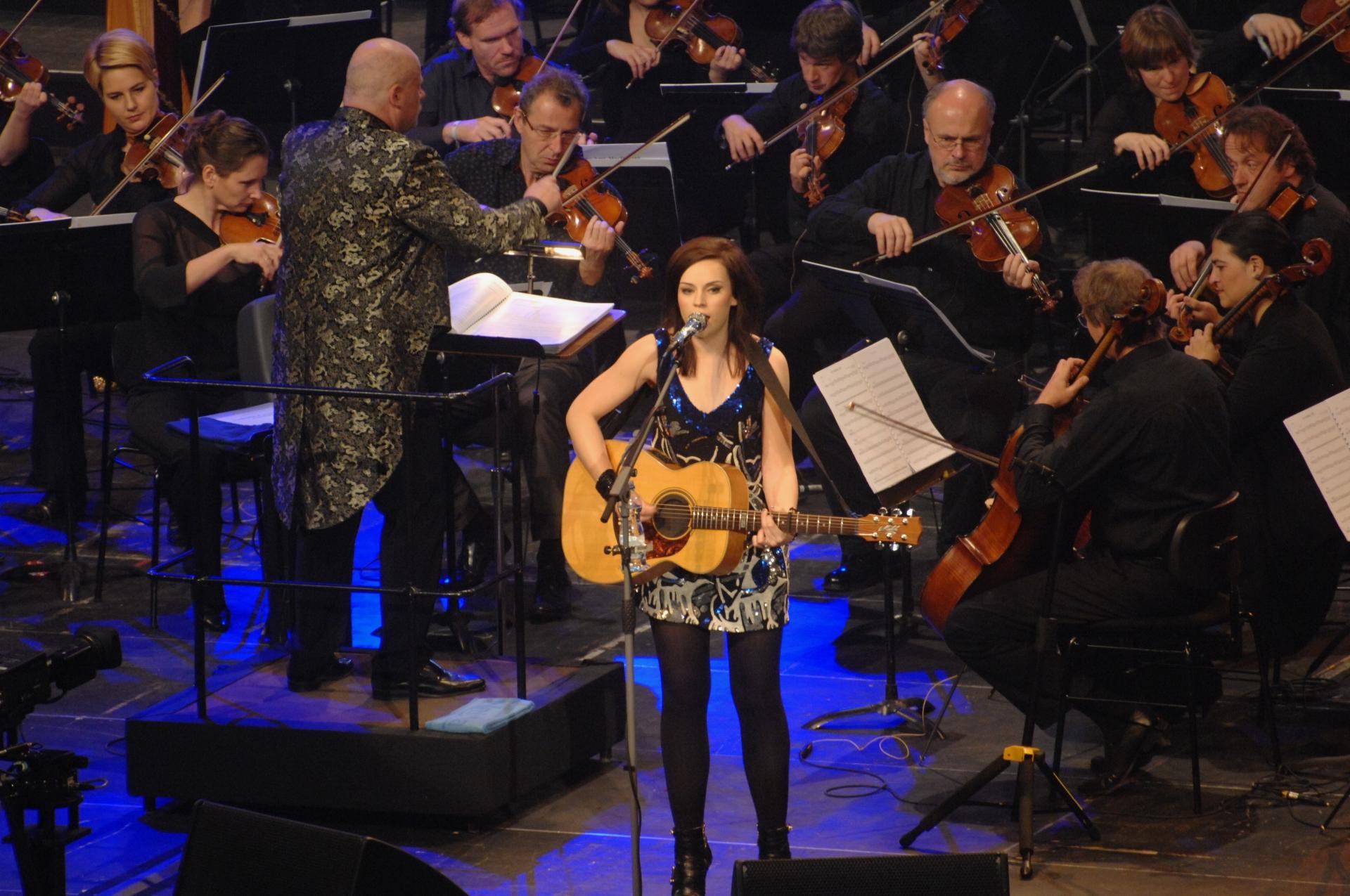 """ABGESAGT: 43. Ausstellung: """"Goldene Europa, Hallo Twen & SR 1 Unplugged – der Saarländische Rundfunk als Popkultur-Botschafter"""" in Wadern"""